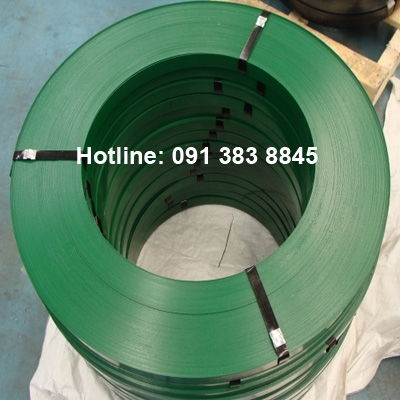 Green waxed steel strapping